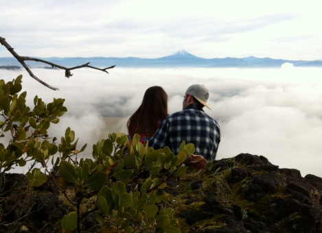 hikingcouple